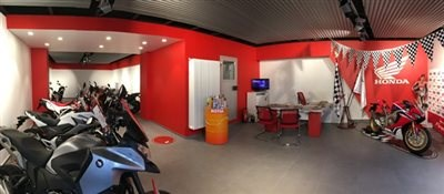 Honda-Showroom fertig !