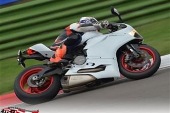 Bild zum Bericht: Nicht zufrieden mit deinem Motorrad auf der Rennstrecke?