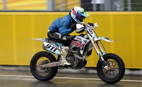 Detailansicht SuperMoto Girls - Melk