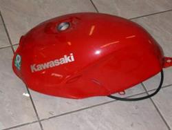 Kawasaki ER-5 Tank