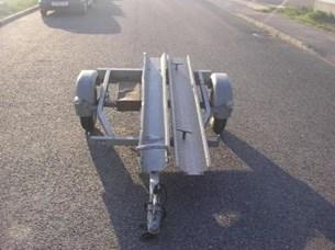 Bild von Anhänger zum Transport von einem Motorrad