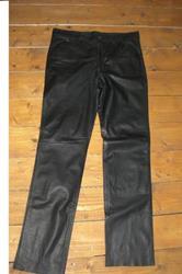 Lederhose schwarz 40