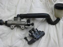 Hauptbremszylinder hinten VFR 800 98-02