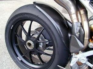 Bild von Carbon Kotflügel hinten zu MV Agusta F4