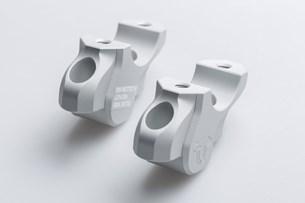 Bild von Lenkerverlegung. H=32 mm. Verlegung um 25 mm. Silbern. BMW-Modelle.