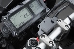Bild von Navi-Halter am Lenker. Schwarz. Yamaha MT-09 Tracer/ Tracer 900GT.