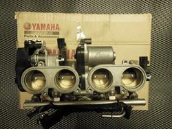 Einspritzleiste/ Drosselklappen Yamaha YZF-R1 Bj: 2007-2008 RN19
