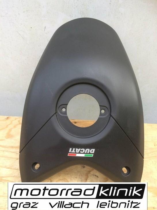 Ducati Tankabdeckung Hypermotard 1100 Baujahr 08-09 statt € 160 nur €80