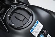 EVO Tankring. Schwarz. Kawasaki Z650 / Ninja 650 (16-).