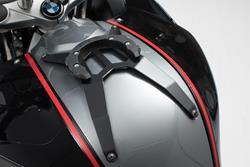 EVO Tankring. Schwarz. BMW F 800 R/S/ST/GT. Ohne Schrauben.