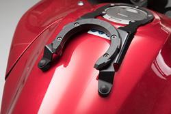 EVO Tankring. Schwarz. Honda VFR800X Crossrunner (15-).