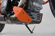 SW-MOTECH Bugspoiler. Orange/Schwarz. KTM 1290 Super Duke R / GT.