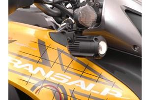 Bild von Scheinwerfer-Halter. Schwarz. Honda XL700V Transalp (07-12).