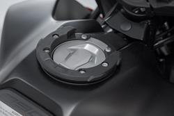 EVO Tankring. Schwarz. KTM 990 Super Duke / 790 Adv. 6 Schrauben