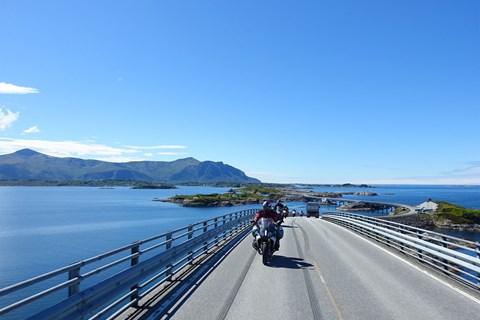 Norwegens große Fjorde - geführte Motorradtour