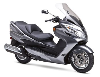 Leihmotorrad Suzuki Burgman 400