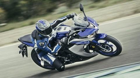 Leihmotorrad Yamaha YZF-R3