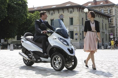 Leihmotorrad Piaggio MP3 500ie LT Business