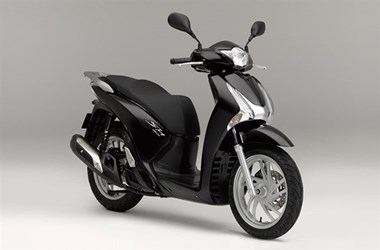 /rental-motorcycle-honda-sh150i-12995