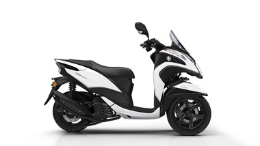 /rental-motorcycle-yamaha-tricity-125-13015
