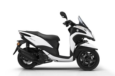 /rental-motorcycle-yamaha-tricity-125-13015