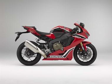 /rental-motorcycle-honda-cbr1000rr-fireblade-13601
