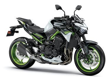 Leihmotorrad Kawasaki Z900 70kW