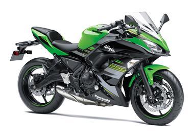 Leihmotorrad Kawasaki Ninja 650 KRT