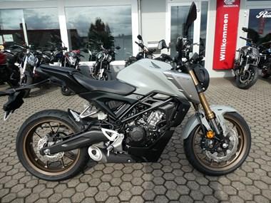 /rental-motorcycle-honda-cb-125-14878