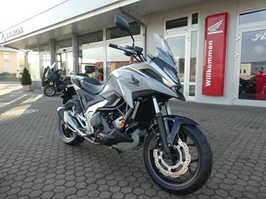 /rental-motorcycle-honda-nc750x-dct-14884