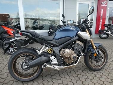 /rental-motorcycle-honda-cbr650r-14888