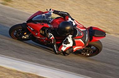 /rental-motorcycle-bmw-s-1000-rr-15998