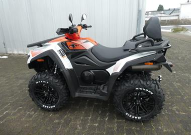 Leihmotorrad Can-Am Renegade 650 XXC