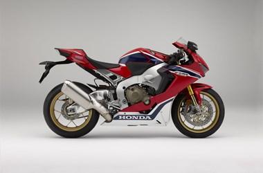 /rental-motorcycle-honda-cbr1000rr-fireblade-sp-17017
