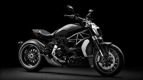 Leihmotorrad Ducati XDiavel