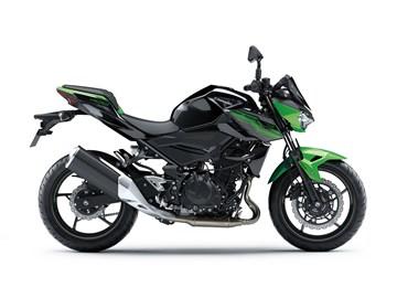 Leihmotorrad Kawasaki Z 400