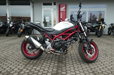 /rental-motorcycle-suzuki-sv-650-17227