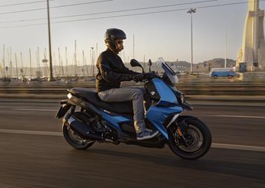 Leihmotorrad BMW C 400 X