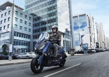 Leihmotorrad Yamaha X-MAX 300