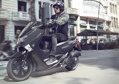 Leihmotorrad Yamaha NMAX 125