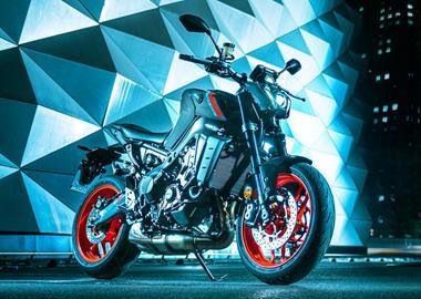 Leihmotorrad Yamaha MT-09