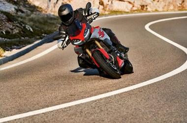 /rental-motorcycle-bmw-f-900-xr-19060