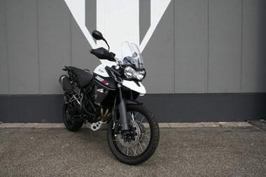 /rental-motorcycle-triumph-tiger-800-xcx-8963