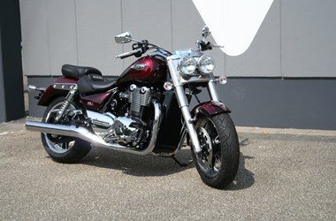 /rental-motorcycle-triumph-thunderbird-commander-8967
