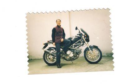 Gebrauchtmotorrad Ducati Monster 900 i.e. Dark