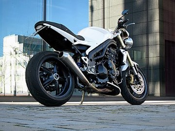 Triumph Speed Triple 1050 Custom Bike