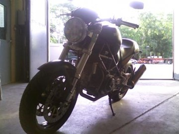 Ducati Monster 900 i.e. Dark Custom Bike