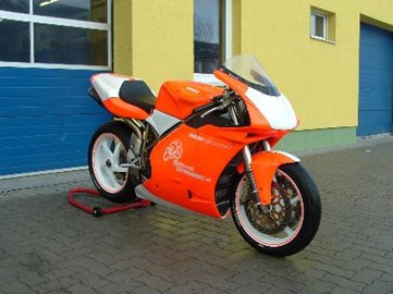 Ducati 996 Monoposto Custom Bike