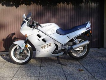 Honda VFR 750 Custom Bike