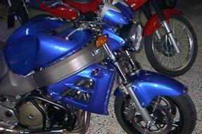 Honda CB 1100 SF X-11 Umbau anzeigen